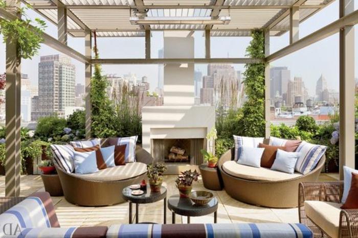 überdachte Terrasse Pergola Holz Überdachung Balkon Gestaltung