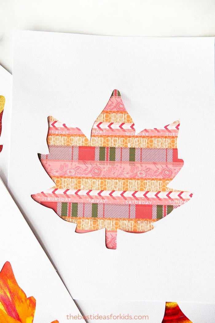 Karten mit Herbstblättern selber machen, basteln mit Kleinkindern im Herbst