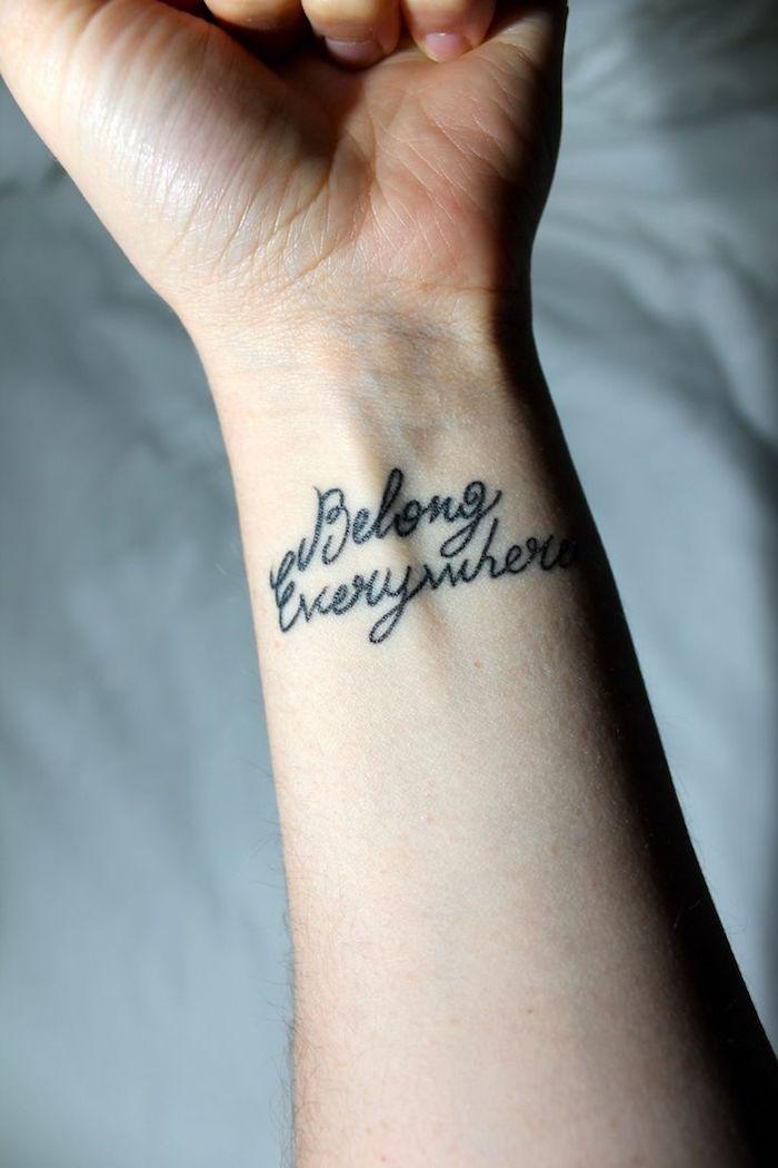 jetzt zeigen wir ihnen eine idee für einen wirklich tollen tattoo auf handgelenk
