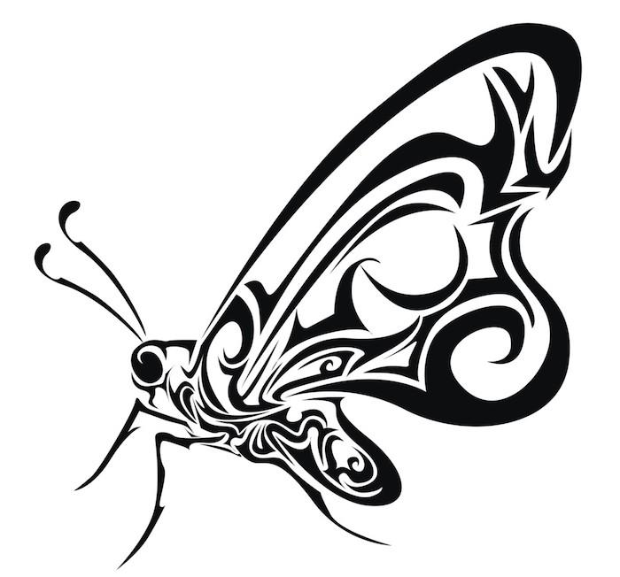 hier finden sie ein kleiner schwarzer schmetterling mit langen flügeln - eine unserer lieblingsideen für einen schwarzen butterfly tattoo