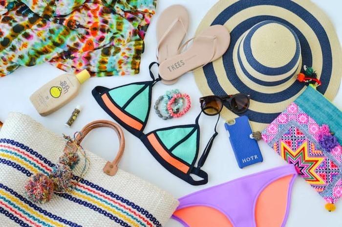 italienische bademode trendy ideen für den sommer bunte farben flip flops