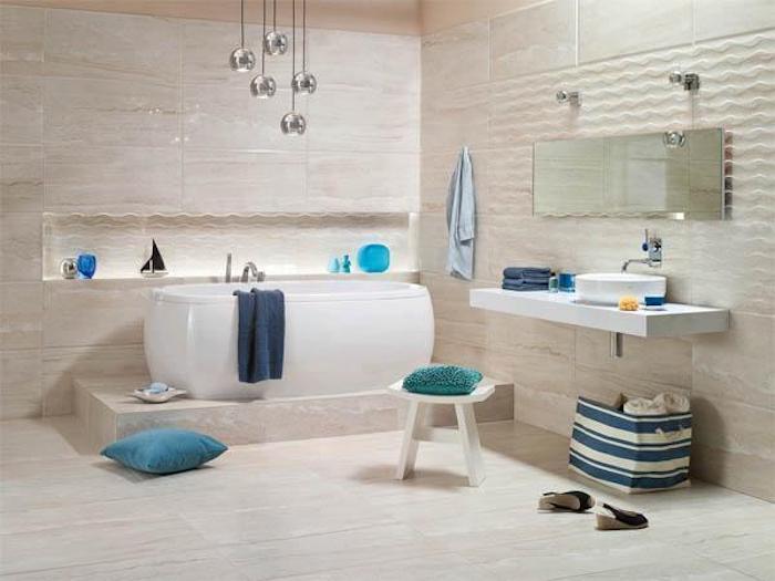 feng shui farben, badezimmer in pastellfarben mit blauen farbakzenten