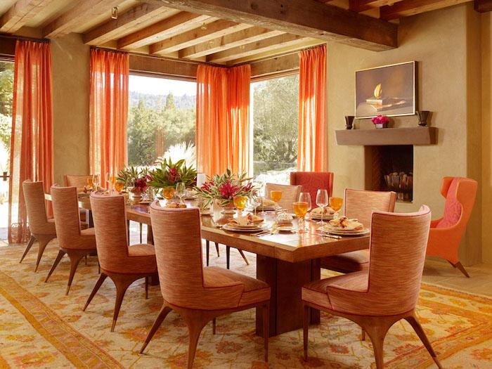 feng shui, esszimmer in orange und hellbraun, langer tisch, stühle, gardinen