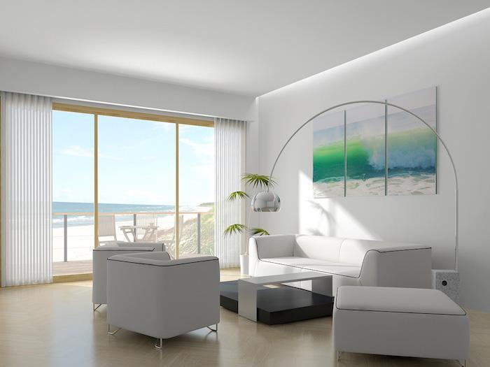 feng shui wohnen, wohnzimmer in weiß, pflanze, sofa, sessel, meer