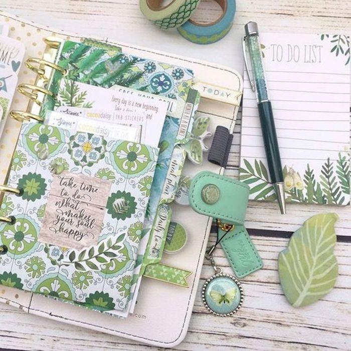grüne Motive von Pflanzen ein Anhänger mit Schmetterling grüner Kugelschreiber Filofaxing
