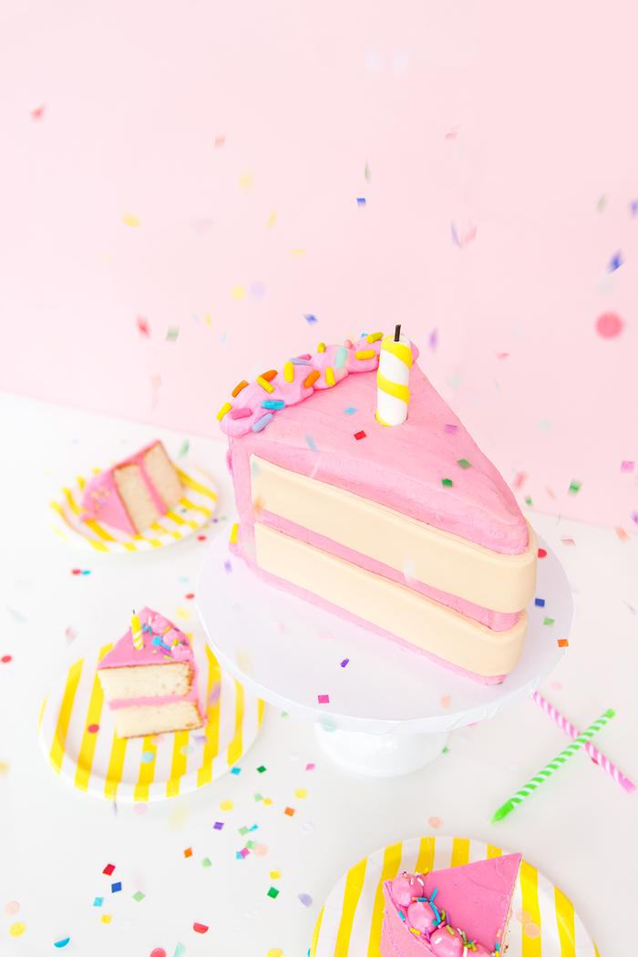 Geburtstagstorte selber zubereiten, Geburtstagsparty in Rosa, Mädchengeburtstag organisieren