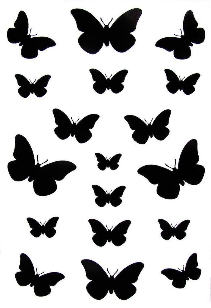 große und kleine schmetterlinge - hier sind ganz verschiedene ideen für schwarze tattoos schmetterlinge