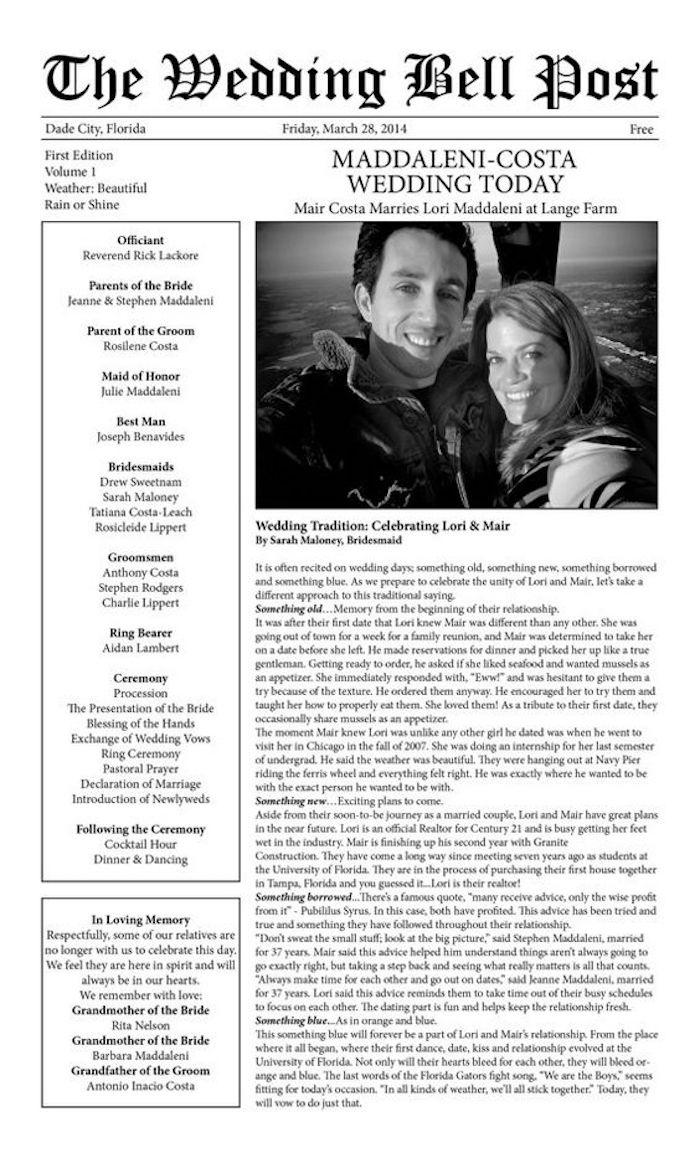 Hochzeitszeitung mit langen Text über den Brautpaar und ein Foto aus einem hohen Platz