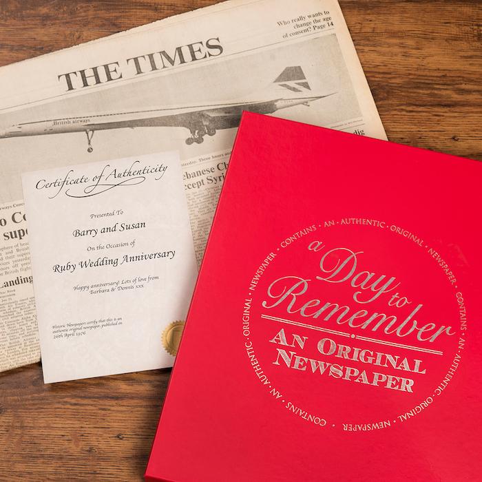 eine Zeitung gestalten sich auch in Zukunft an den Hochzeitstag zu erinnern