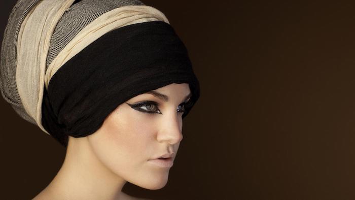 kleopatra kostüm ideen für die haare sie kann versteckt bleiben oder mit toller frisur