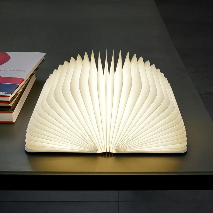 Nachttischlampe-Buch, kreative Ideen zum Inspirieren, ein echter Hingucker, das eigene Zuhause einzigartig einrichten