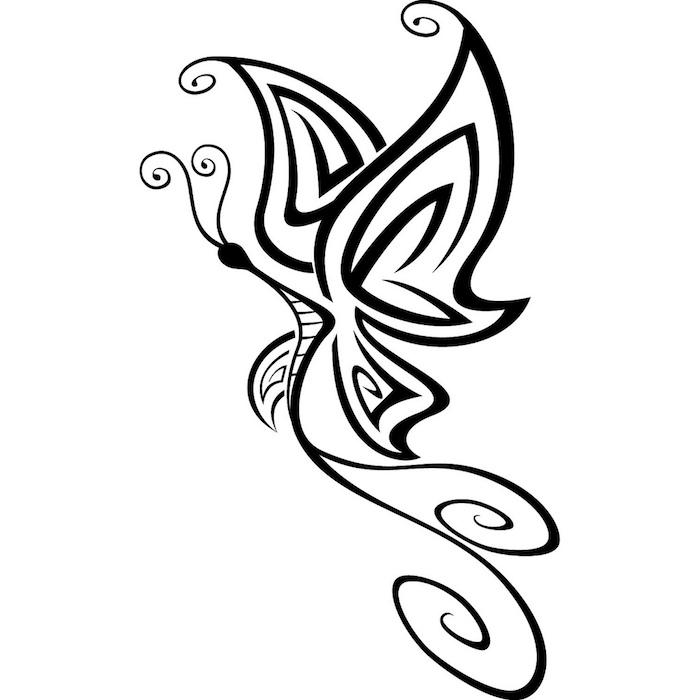 eine kleine schwarze tätowierung mit einem fliegenden, schwarzen und sehr schön aussehenden schmetterling mit schwarzen flügeln