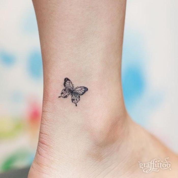 40 ideen und tolle bilder zum thema schmetterling tattoo. Black Bedroom Furniture Sets. Home Design Ideas