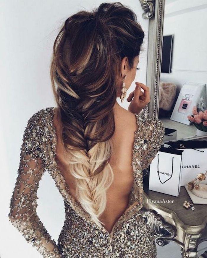 helle spitzen beim zopf schöne frisur gestaltungsideen elegantes kleid elegant frau