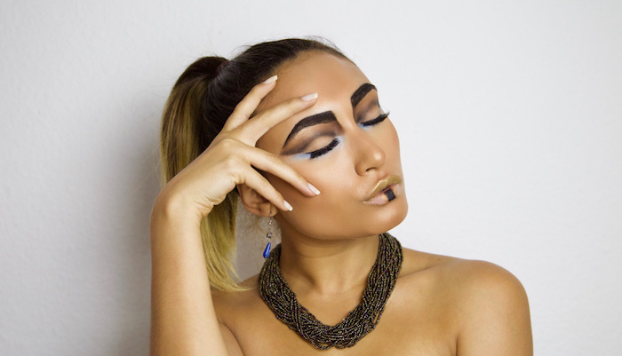 cleopatra kostüm kombination mit schickem make up ideen zum inspirieren
