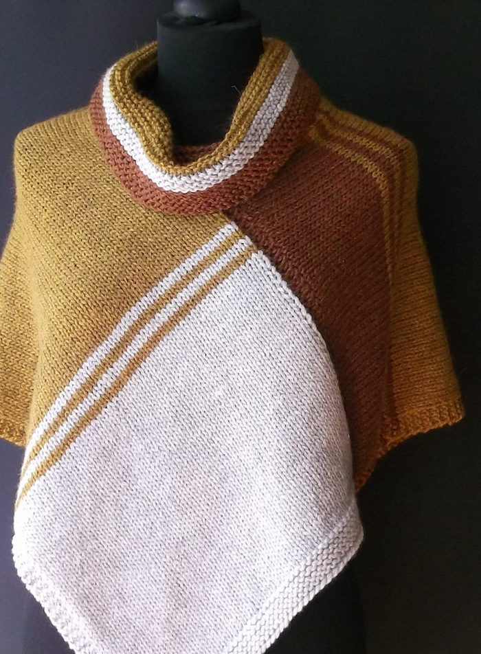 Poncho Damen Strick in vier Farben mit verschiedenen Muster so schick