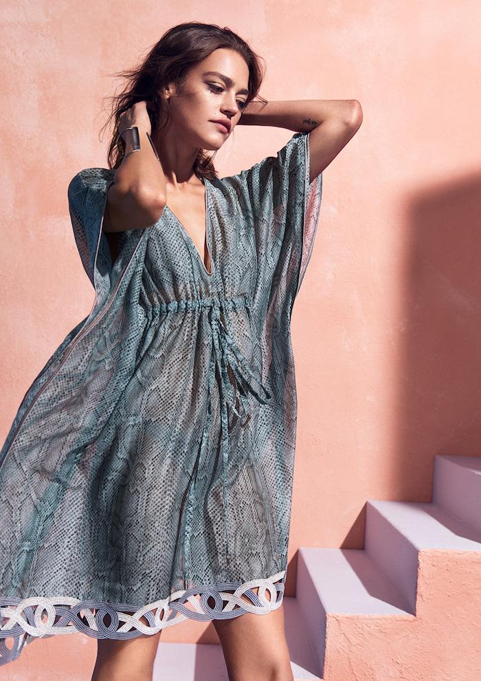 strandkleidung trendy kleidungsstücke für den strand model moderne frau im 2017