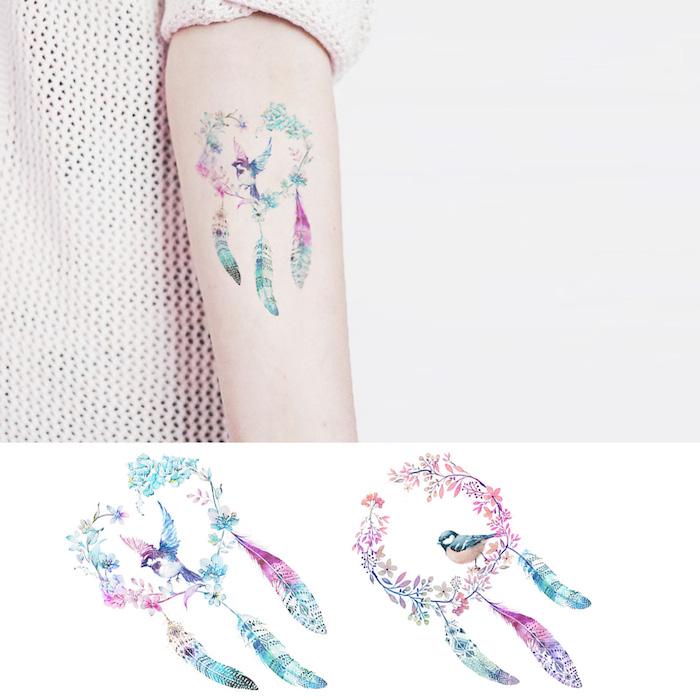 Watercolor Tattoo, Traumfänger Tattoo mit bunten Federn, Blumen und Vögelchen, Tattoo am Unterarm