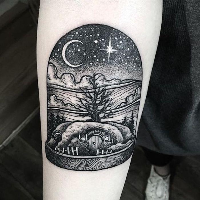 ein schönes Tattoo Der Herr der Ringe das Häuschen von dem Hobbit - Tattoo Stile