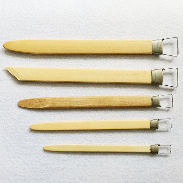 Schneid- und Gestaltungswerkzeuge für Töpferarbeiten, Holz und Metall