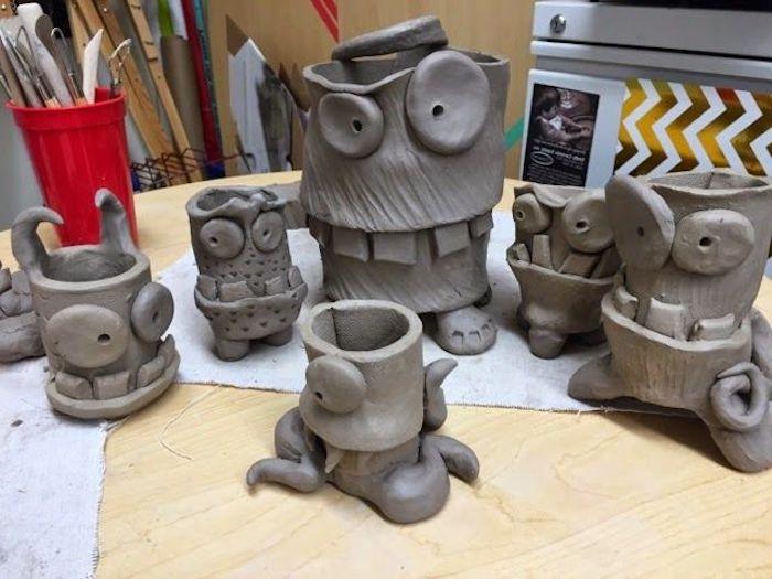 Monster aus Keramik basteln, Ungeheuer aus Ton basteln, schreckliche Gesichter