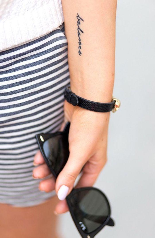Unterarm schrift männer tattoo 50 einzigartige