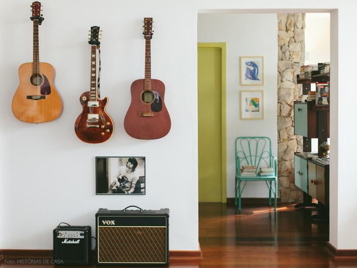 Vintage Einrichtung und Deko, Gitarren an der Wand, Ideen für ein gemütliches Zuhause