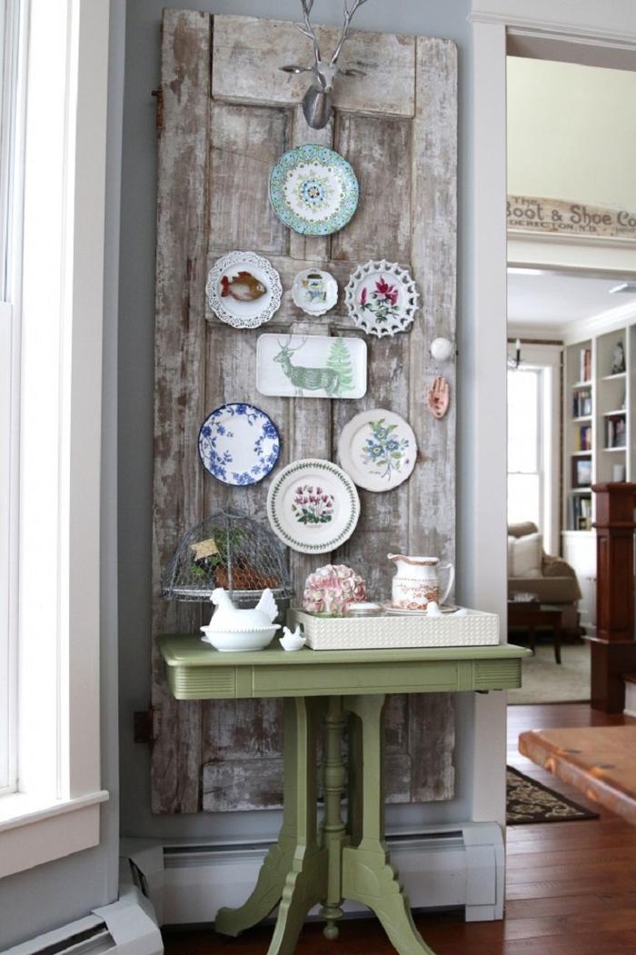 Vintage Deko, Teller mit vielfältigen Motiven, Hirschkopf, grüner Tisch, Porzellan