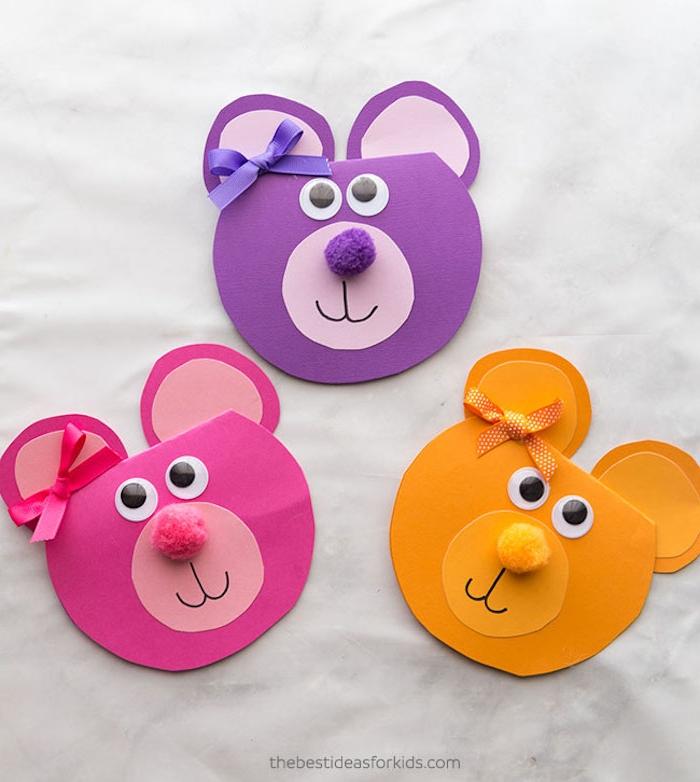 Muttertagskarten mit Kindern basteln, bunte Bärchen mit Bommeln für Nasen und kleinen Bändern