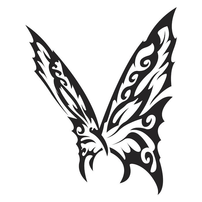 ein fliegender schwarzer schmetterling mit großen schwarzen flügeln - eine gant tolle idee zum thema butterfly tattoo