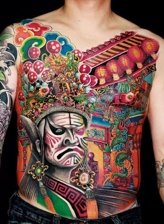 chinesische tattoos für männer, große farbige tätowierung mit chinesischen motiven