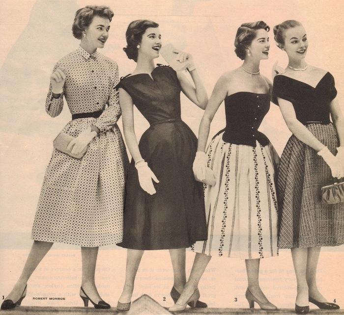 Vintage Kleider, Kleid mit Korsett, Kleid mit V-Ausschnitt, Kleid mit Hemdkragen
