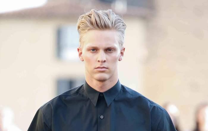 mens undercut idee blonder mann deutschland foto schwarzes hemd haartrends
