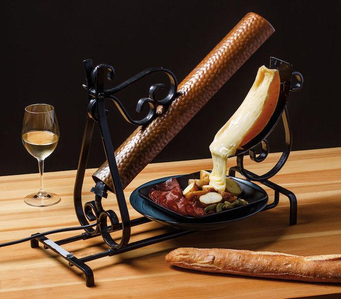 raclette ideen schmelzende käsesorte zum zubereiten von leckeren speisen idee