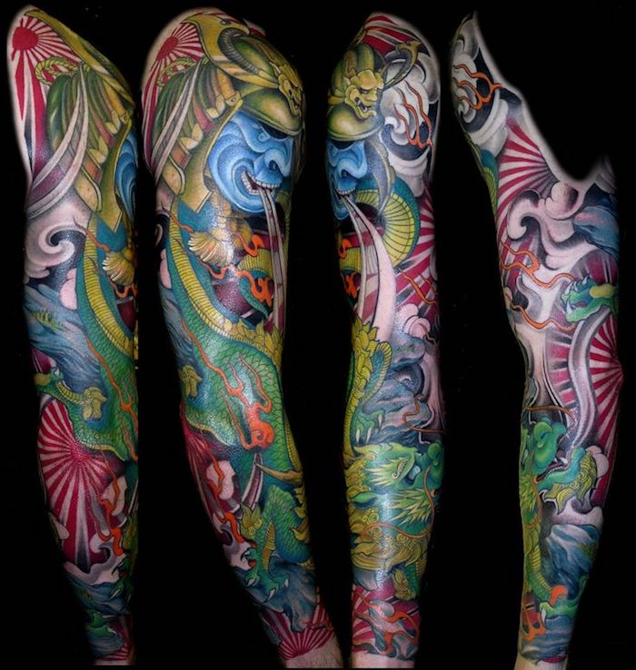 farbige japanische tattoos, sleeve tattoo mit samurai-motiv