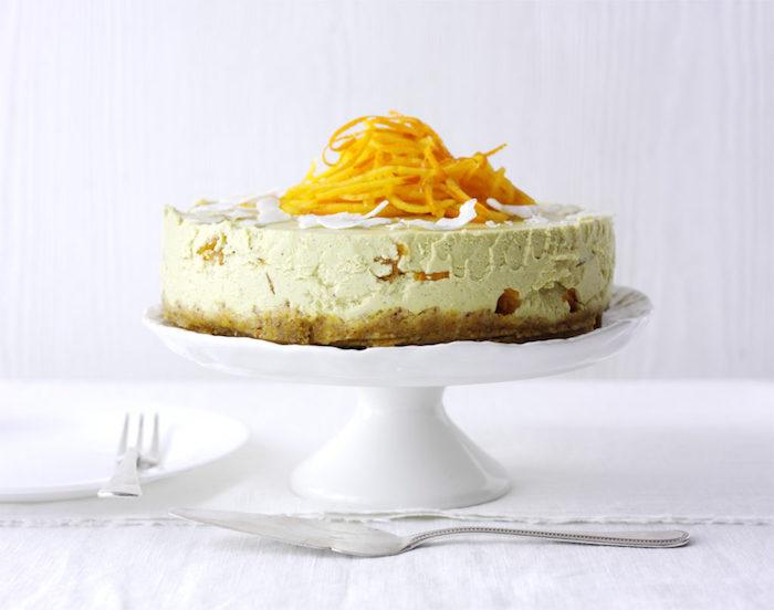wie isst man kaki, torte ohne backen mit kaki früchten und buttercreme