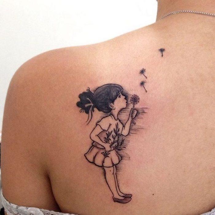 kleine tattoos frauen, mädchen mit pusteblume am rücken
