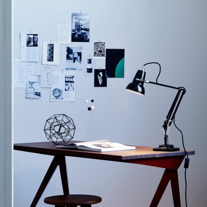 homeoffice design ideen einfach kreativ interessante deko zu hause wandbilder tischlampe