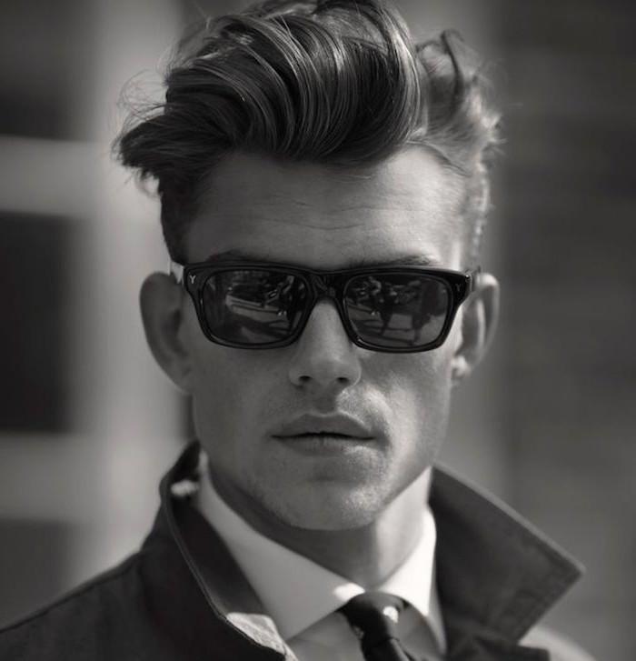frisuren undercut mann model schönes foto sonnenbrille schwarz-weißes foto