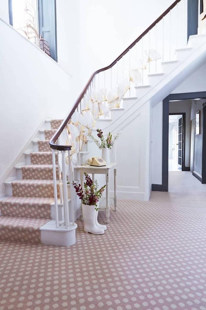 teppich beige kurzflor idee barberteppich designer ideen interieur stiefel kreative deko