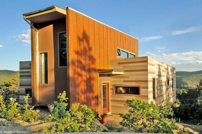 noch eine tolle inspirierende wohnung im landhausstil - mit garten mit pflanzen und grünen bäumen