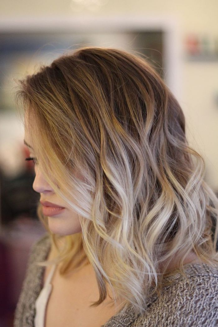 ombre hair selber machen kurze haare lockig hellblonde farbe farbgestaltung idee
