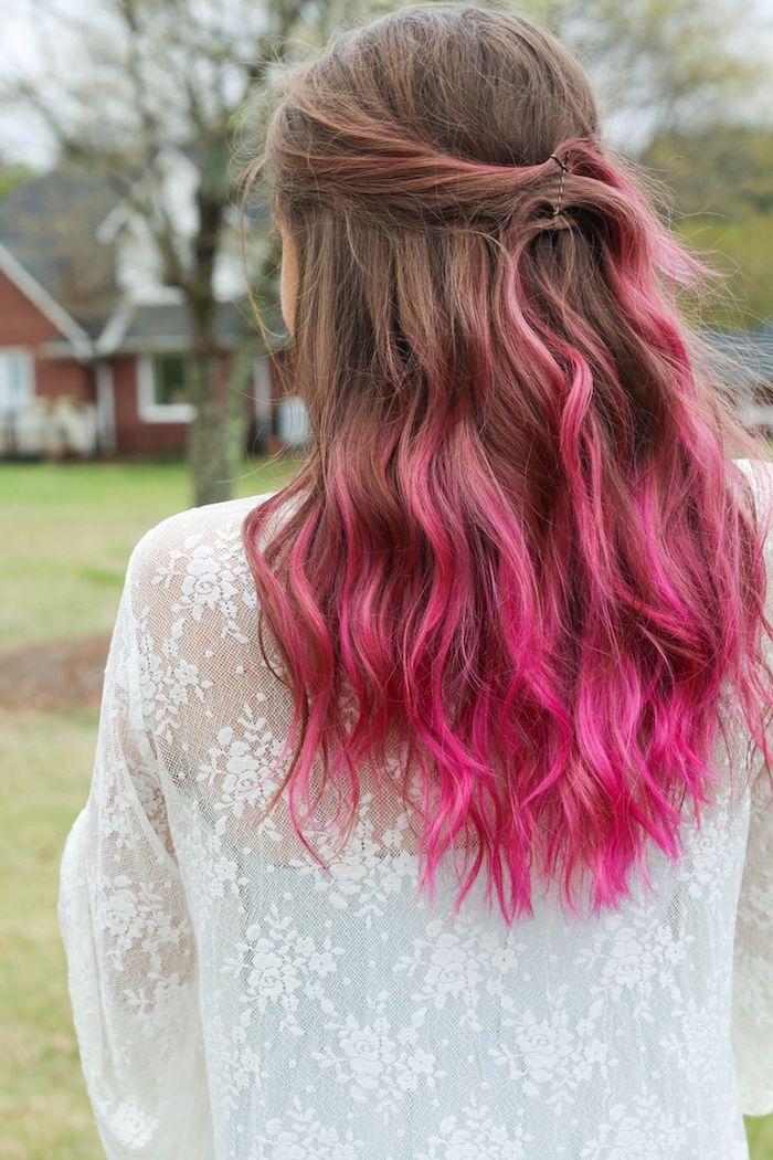 haare färben ombre look frauen braune haare mit rosaroten spitzen tolles design