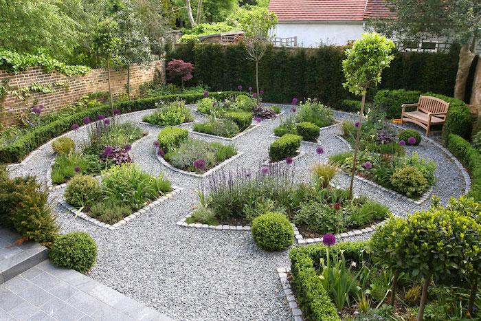gartengestaltung kleine gärten, runder garten mit naturstein
