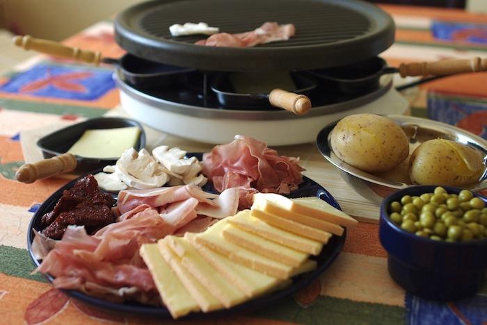 raclette rezepte ideen zum gestalten essen und genießen schweizerische gerichte