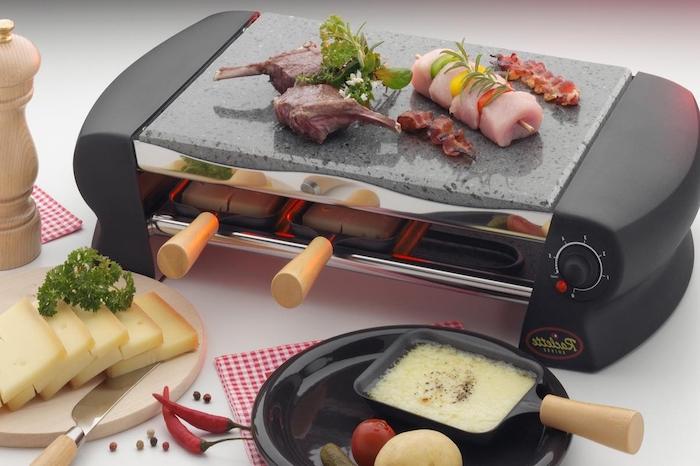 zutaten raclette tolles gerät kochen und gleich essen käse kräuter paprika chilli