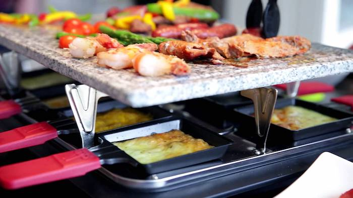 raclett rezepte ideen kochen und genießen garnellen paprika gemüse käse schweiz