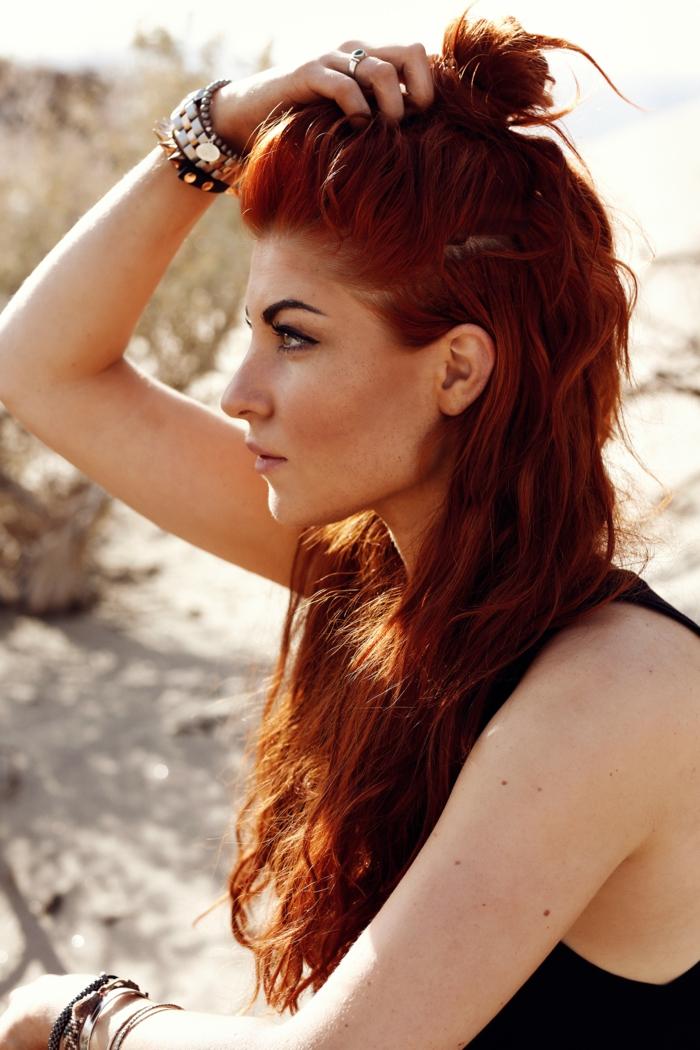 Nackte Frau Mit Roten Haaren