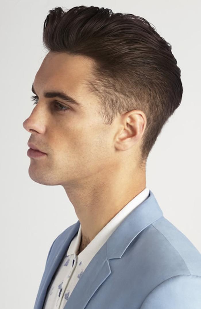 kurzer undercut idee zum gestalten mann mit schöner frisur blauer anzug hemd in weiß