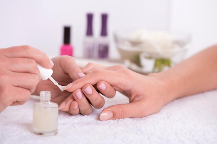 winter nageldesign nagelpflege zu jeder zeit des jahres gesunde nägel schöne hand
